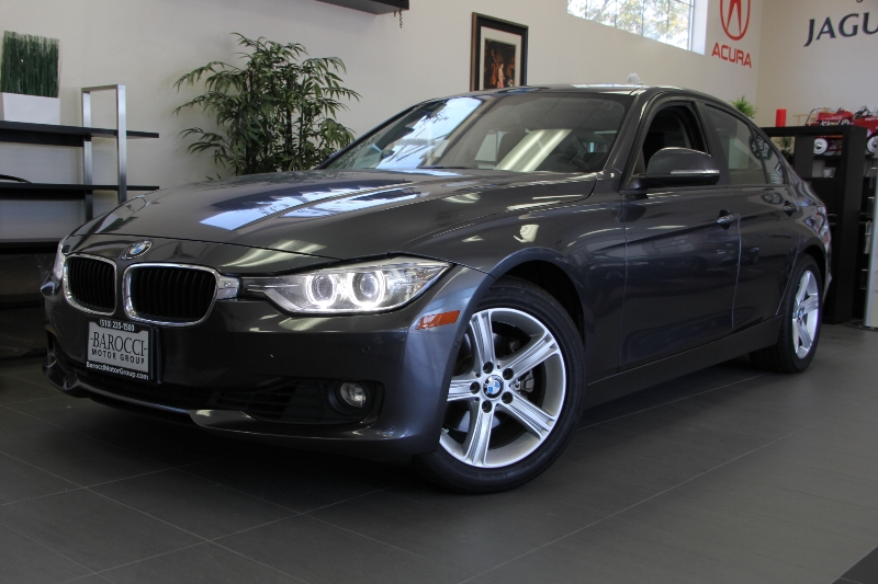 2013 BMW 3 Series 328i 4dr Sedan SULEV Automatic Gray This is a beautiful vehicle in great condi