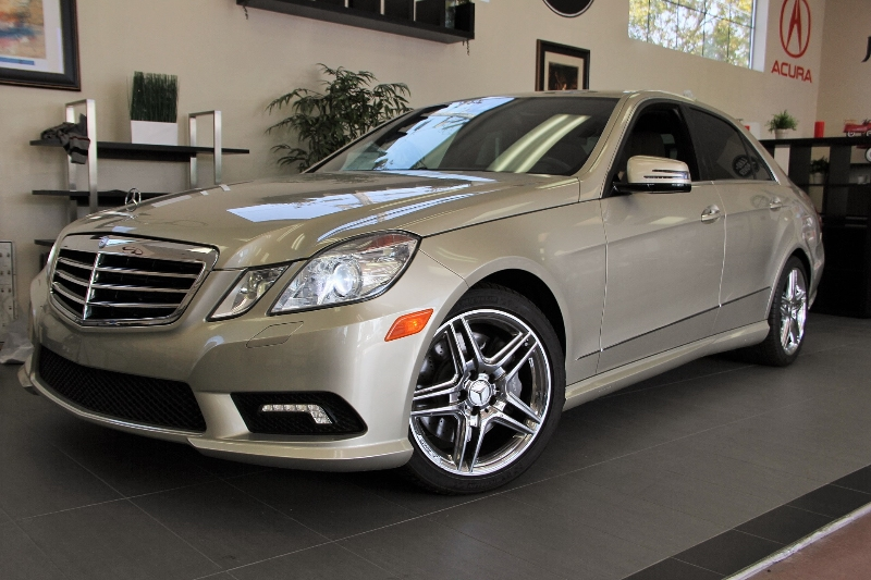 2011 MERCEDES E-Class E550 SportAMG Wheels 7 Speed Auto Champagne Tan This E-550 comes with fa