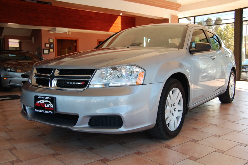 2014 Dodge Avenger sedan Automatic Silver Gray Accident free Carfax History One Owner and Com