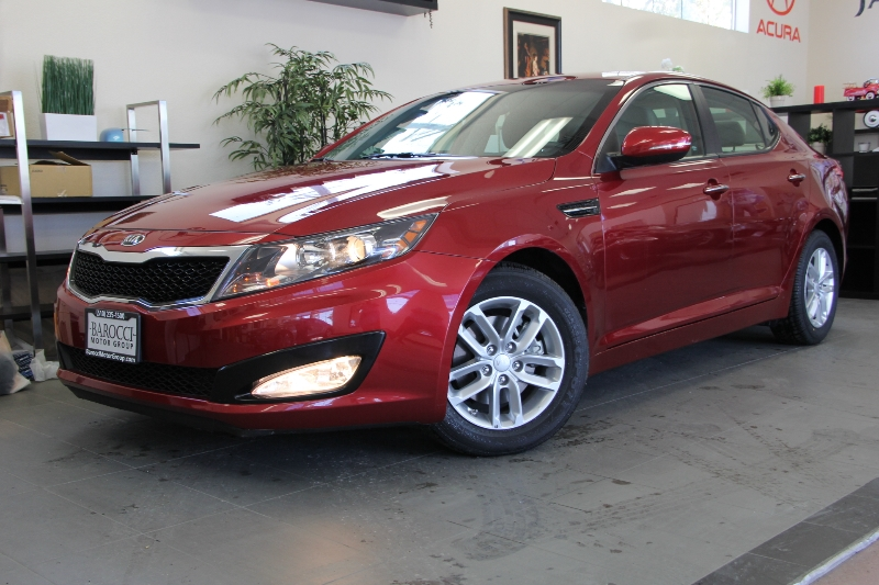 2013 Kia Optima LX 4dr Sedan 6 Speed Auto Red Carpeted Floor Mats Cargo Mat Cargo Net 192 hp