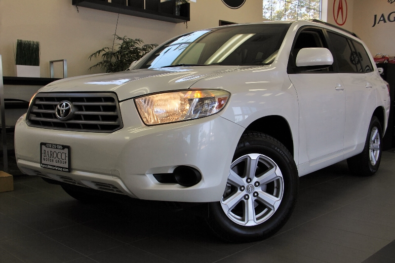 2010 Toyota Highlander Base AWD  4dr SUV 5 Speed Auto White Child Safety Door Locks Power Door