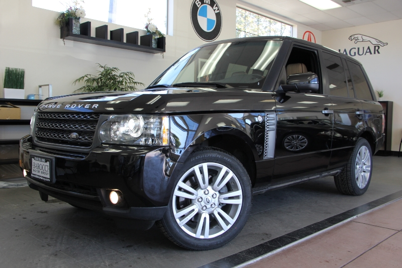 2011 Land Rover Range Rover HSE Luxury 4dr SUV 6 Speed Auto Black Tan This is a beautiful vehic