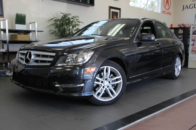 2013 MERCEDES C-Class C250 Luxury 4dr Sedan 7 Speed Auto Black Why buy brand new when you can ha