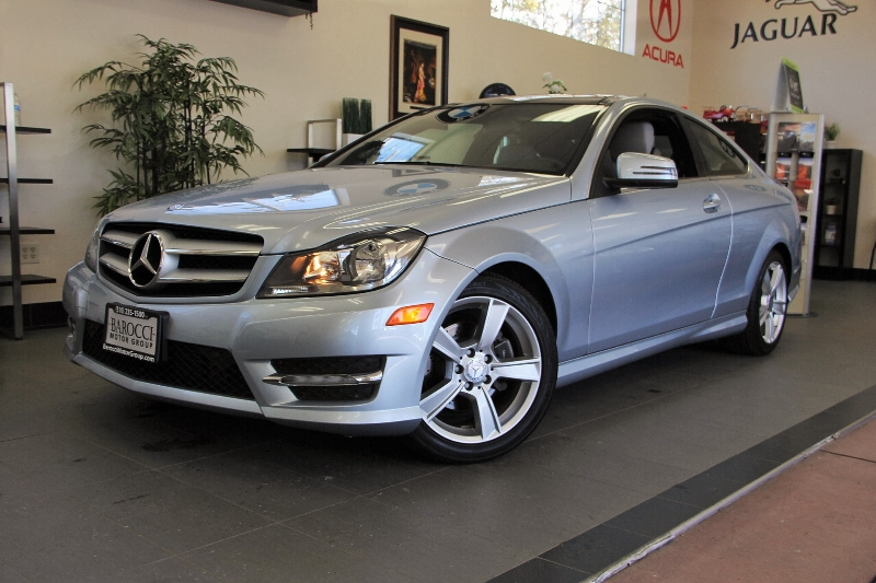 2013 MERCEDES C-Class C250 2dr Coupe 7 Speed Auto Silver This beautiful One Owner car gets an es