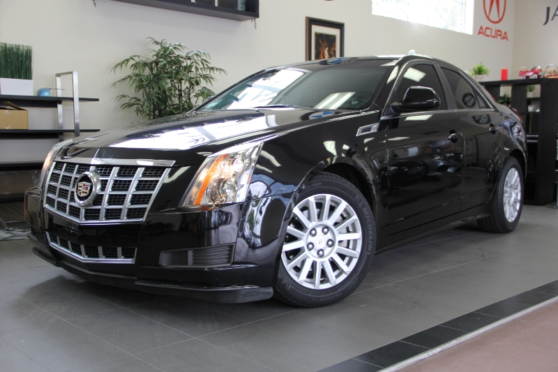 2013 Cadillac CTS Luxury 6-Speed Automatic  Black Black This is a beautiful vehicle in great co