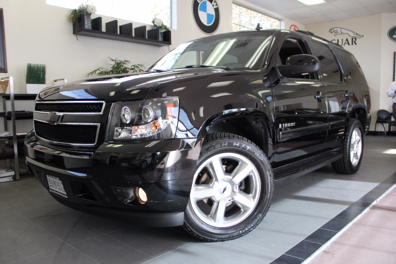 2007 Chevrolet Tahoe LTZ 4dr SUV 4WD Automatic Black Black This is a fantastic vehicle in great