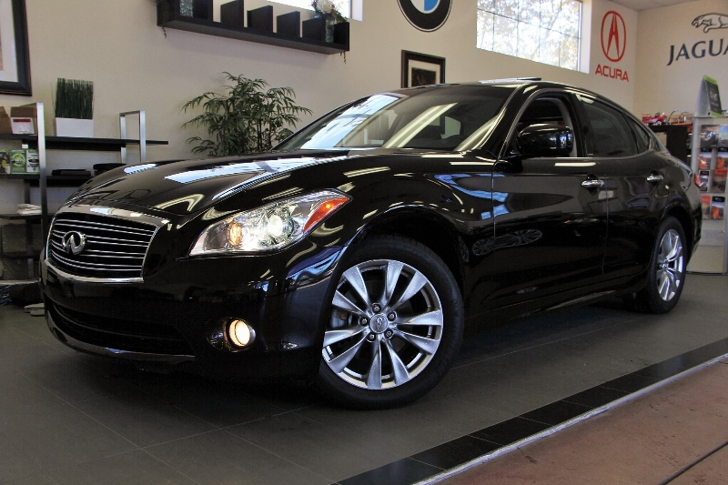 2012 Infiniti M37 Base 4dr Sedan 7 Speed Auto Black Black This is a beautiful M 37 in amazing c