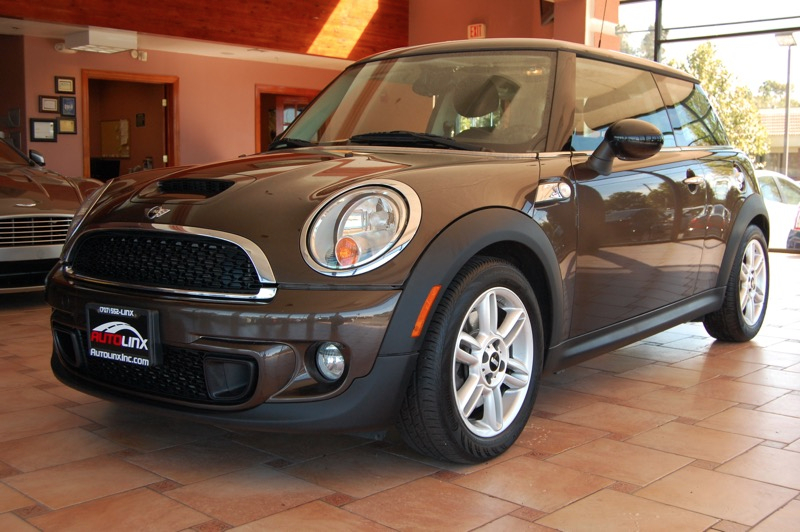 2011 MINI Cooper S 2dr Hatchb  6-Speed Manual Dk Brown Turbocharged You NEED to see this car