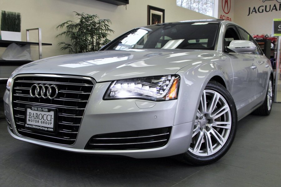 2012 Audi A8 L quattro AWD  4dr Sedan 8 Speed Auto Silver Amazing vehicle with all the options i