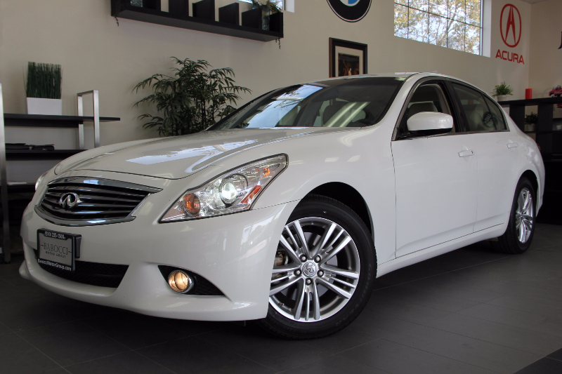 2012 Infiniti G37 Sedan Journey 4dr Sedan Automatic White Tan This is a beautiful one owner Cal