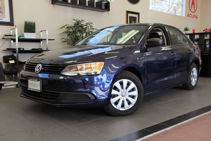 2013 Volkswagen Jetta Base 4dr Sedan 6A 6 Speed Auto Blue Child Safety Door Locks Power Door Lo