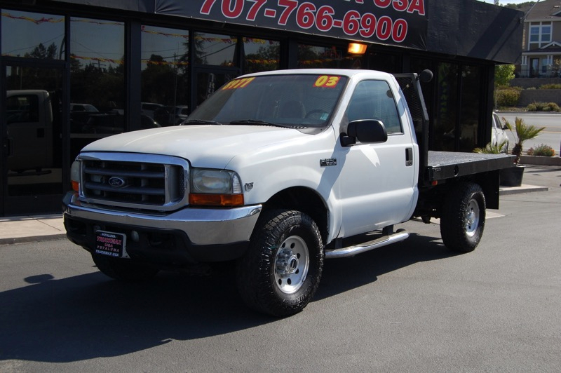 2003 Ford F-250 XLT Automatic White Gray Air Conditioning Power Steering Power Windows Power