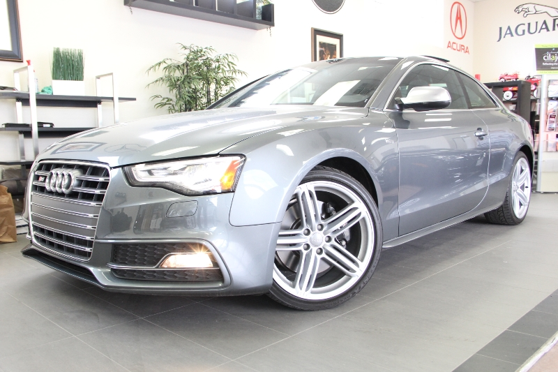2013 Audi S5 30T quattro Prestige AWD  2dr 7 Speed Auto Gray This is a beautiful vehicle in gre