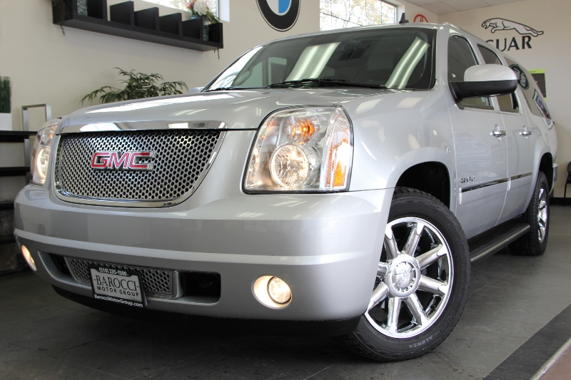 2012 GMC Yukon XL Denali AWD  XL 4dr SUV 6 Speed Auto Silver ABS Air Conditioning Alarm Alloy