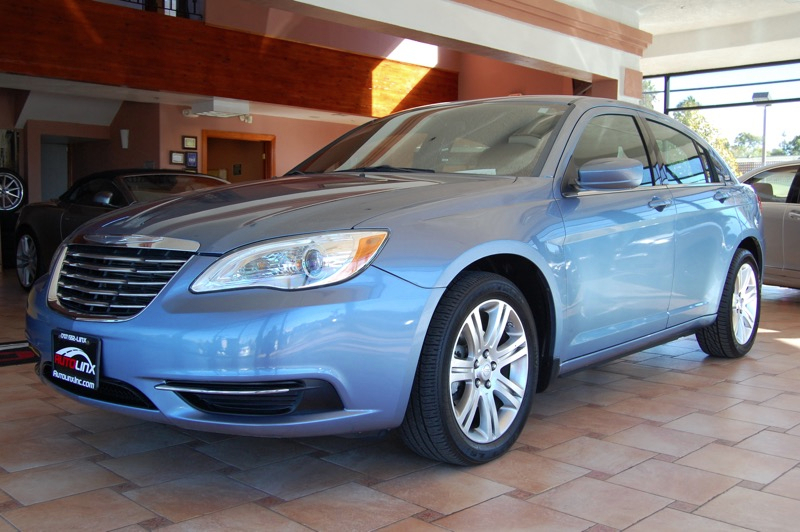 2011 Chrysler 200 Touring Automatic Blue Gray Your satisfaction is our business Theres no subs