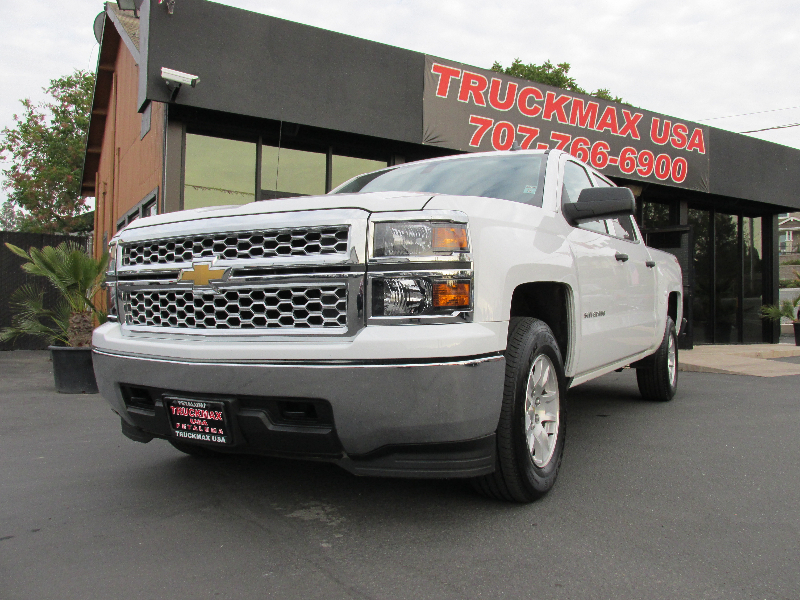 2014 Chevrolet Silverado 1500 LT 4x4  4dr Crew Cab 65 ft Automatic White 6-Speed Automatic Ele