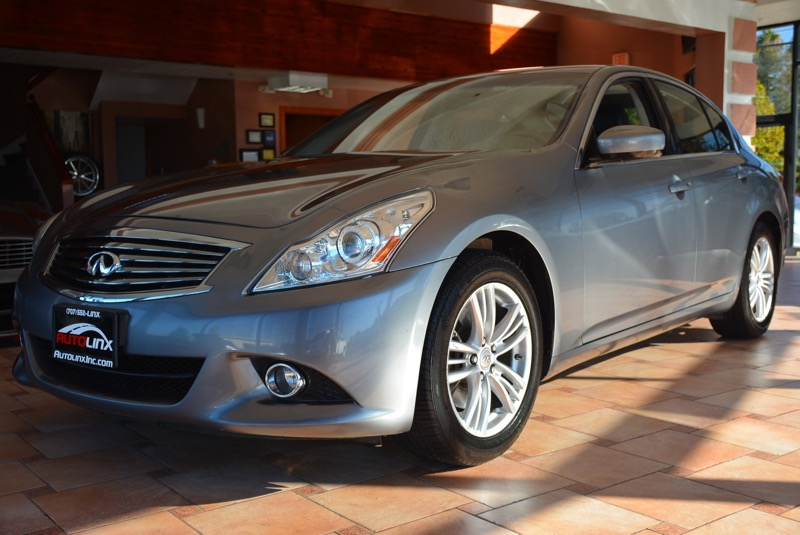 2010 Infiniti G37 Sport 4D Sedan Automatic Blue Black Black Leather ABS brakes Alloy wheels E