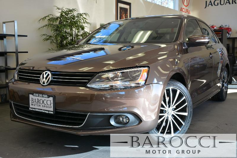 2012 Volkswagen Jetta SEL PZEV 4dr Sedan 6A 6 Speed Auto Bronze ABS 4-Wheel Air Conditioning B