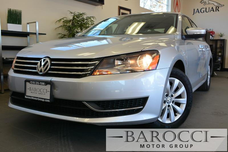 2014 Volkswagen Passat S Sedan 6A I4 Automatic Silver ABS Air Conditioning Alarm Alloy Whe