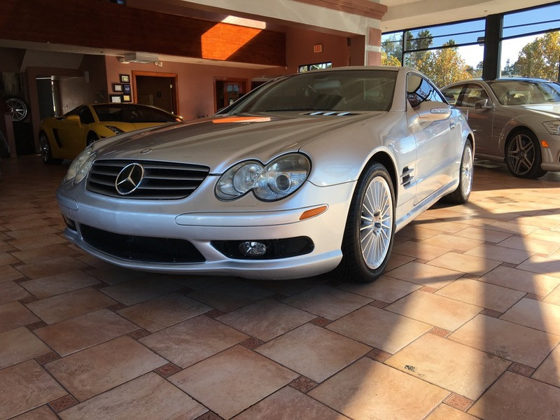 2003 MERCEDES SL-Class SL500 Automatic Silver Black This is a beautiful vehicle in great condit