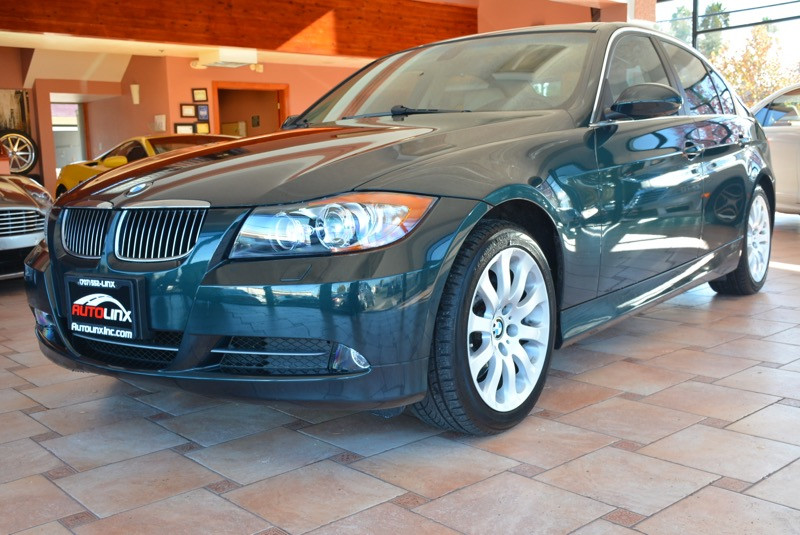 2006 BMW 3-Series 330xi Sedan 6-Speed Automatic  Green Tan Air Conditioning Alarm Power Steer
