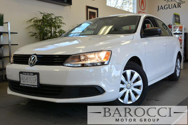 2014 Volkswagen Jetta Base 4dr Sedan 5M 5 Speed Manual White Child Safety Door Locks Power Door