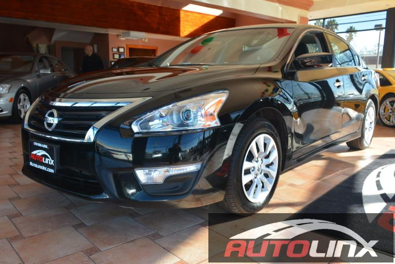2014 Nissan Altima 25 S Continuously Variable Transmission  Black Gray Accident free Carfax Hi