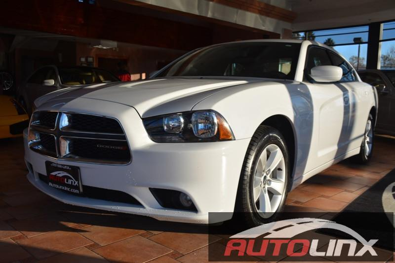 2014 Dodge Charger SXT 8-Speed Automatic White Gray Accident free Carfax History One Owner an