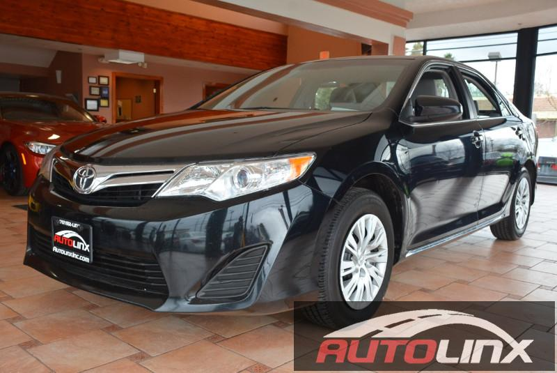 2014 Toyota Camry LE 4D Sedan Automatic Black Gray Accident free Carfax History One Owner Com