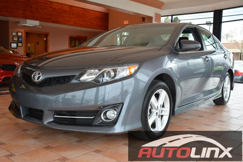 2014 Toyota Camry LE 4D Sedan Automatic Gray Gray Bluetooth Hands-Free Accident free Carfax H