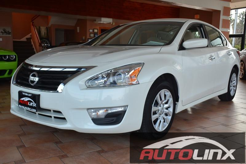2014 Nissan Altima 25 S Continuously Variable Transmission  White Gray CVT with Xtronic Ready