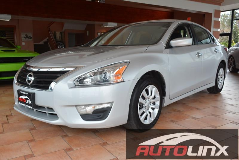 2014 Nissan Altima 25 S Continuously Variable Transmission  Silver Beige CVT with Xtronic Sil