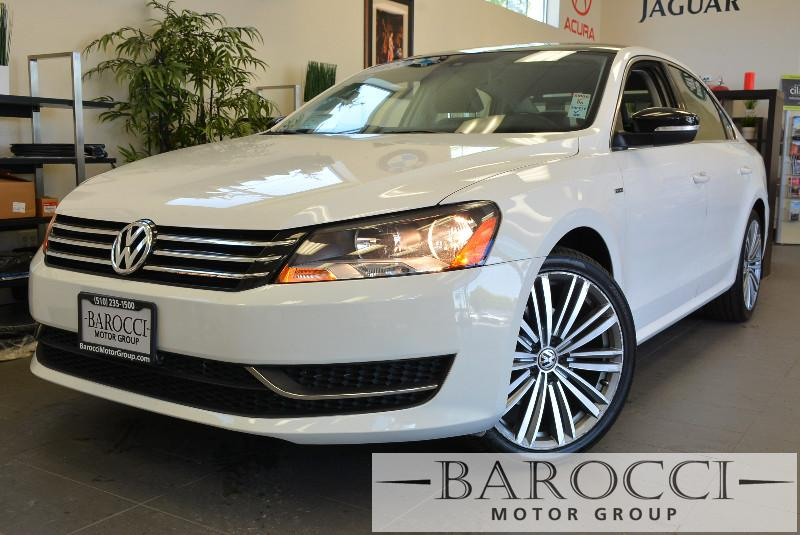2015 Volkswagen Passat Sport PZEV 4dr Sedan 6A 6 Speed Auto White ABS Air Conditioning Alarm