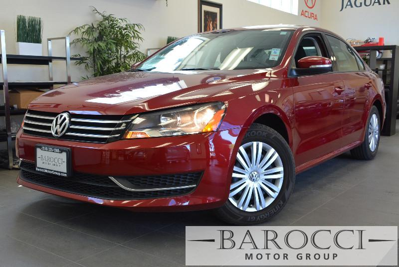 2015 Volkswagen Passat S PZEV 4dr Sedan 6A 6 Speed Auto Red ABS 4-Wheel Air Conditioning Alloy