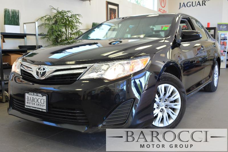2013 Toyota Camry LE 4dr Sedan Automatic Black Gray Beautiful 2013 Camry Reliability and gas s
