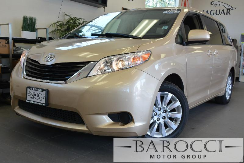 2014 Toyota Sienna LE 7-Passenger AWD  4dr Mini-Van 6 Speed Auto Gold Air Conditioning Alarm P