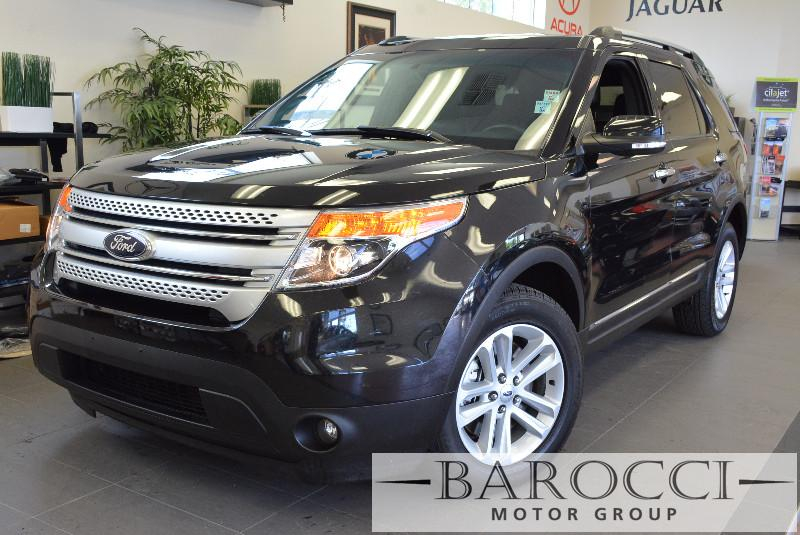2014 Ford Explorer XLT AWD 4dr SUV Automatic Black Black This is a Beautiful Explorer with a cl