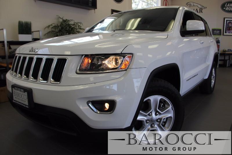 2014 Jeep Grand Cherokee Laredo 4x4  4dr SUV 8 Speed Auto White Black This is a beautiful vehic