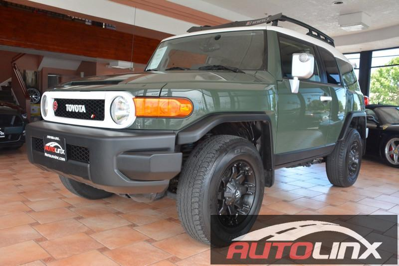2012 Toyota FJ Cruiser 4WD AT 5-Speed Automatic Green 4WD Why pay more for less  Right SUV Ri