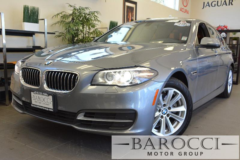2014 BMW 5 Series 528i 4dr Sedan 8-Speed Automatic Gray Black This is a beautiful vehicle in gr
