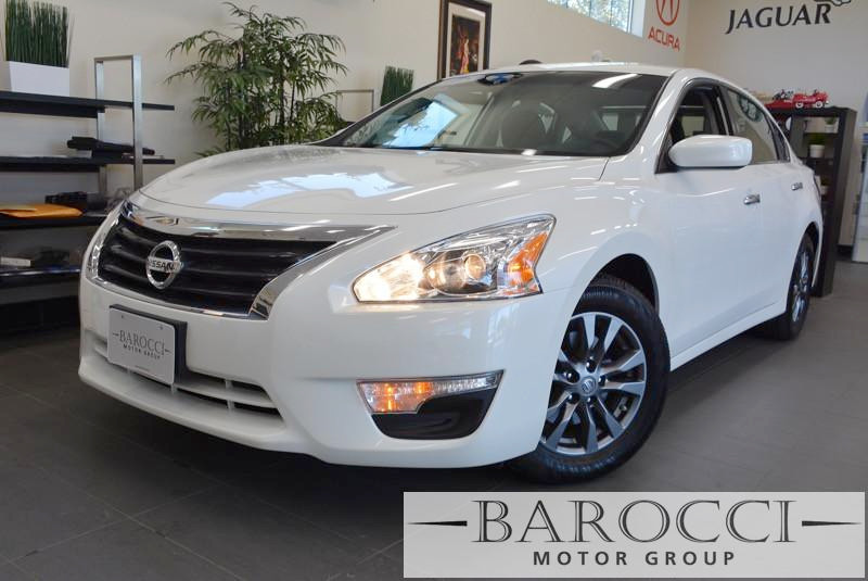 2015 Nissan Altima 25 S Sedan Special Edition Continuously Variable Transmission  White Charcoa