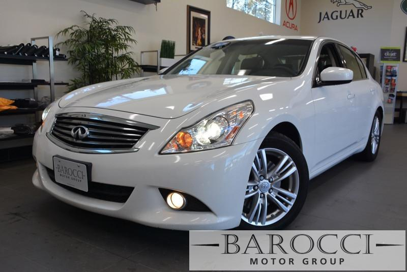 2013 Infiniti G37 Sedan Journey 4dr SedanNavi 7 Speed Auto White This is a beautiful vehicle th