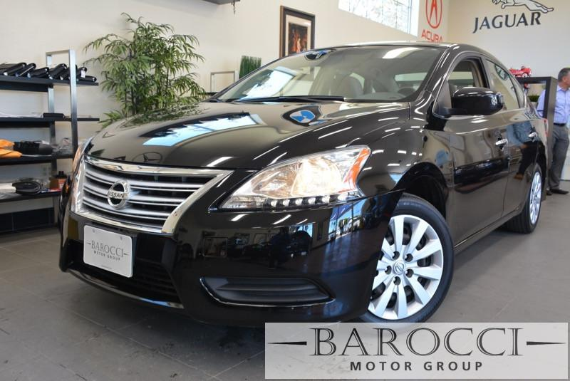 2013 Nissan Sentra S Sedan Automatic Black Gray This is a beautiful vehicle in great condition