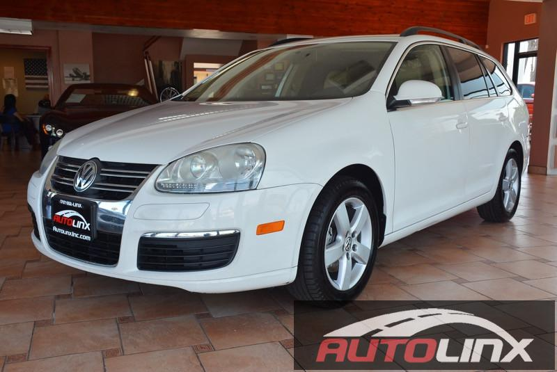 2009 Volkswagen Jetta SportWagen SE PZEV 5-Speed Manual  White Black 25L I5 DOHC and Black Wh
