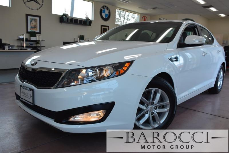2013 Kia Optima LX 4dr Sedan Automatic White Gray Great car that comes with a fuel effecient 19