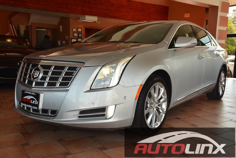 2014 Cadillac XTS Luxury FWD 6-Speed Automatic Silver Black Bluetooth Hands-Free Portable Aud