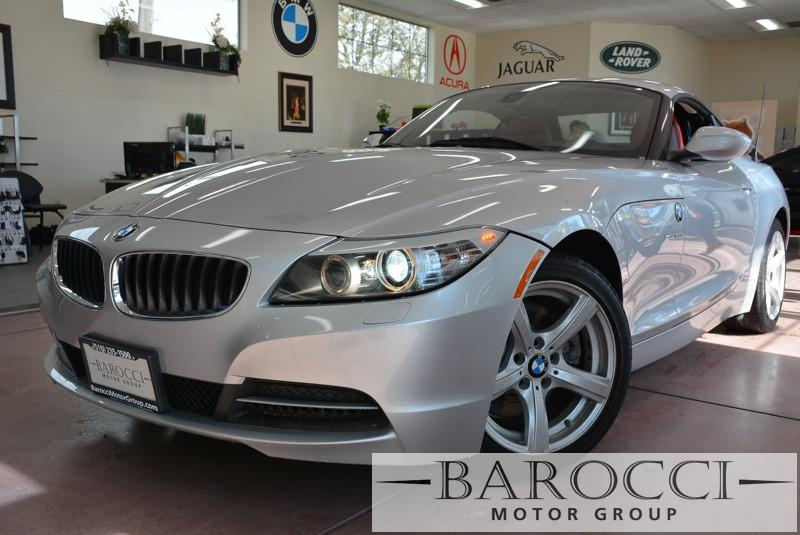 2011 BMW Z4 sDrive30i 2dr Convertible Automatic Silver Red This is a beautiful vehicle in great