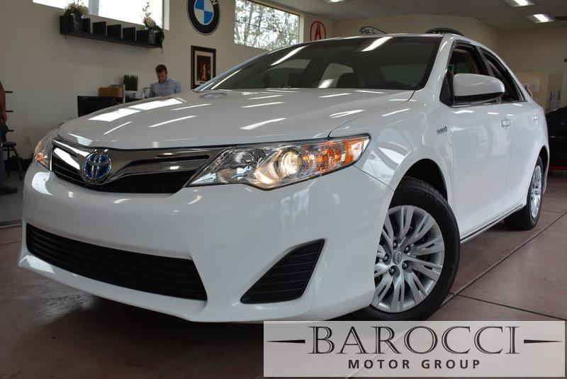 2013 Toyota Camry Hybrid LE 4dr Sedan Automatic cvt White Air Conditioning Alarm Alloy Wheels