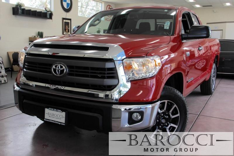 2015 Toyota Tundra TRD 4x4 SR5 DoubleCab Automatic Red Gray Fantastic work truck with 4 doors