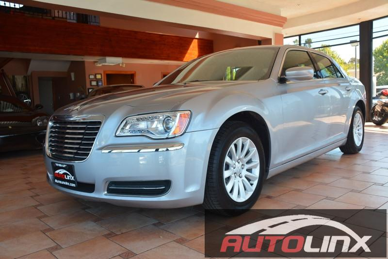 2014 Chrysler 300 4D Sedan Automatic Silver Black Bluetooth Hands-Free Leather Seats Acciden